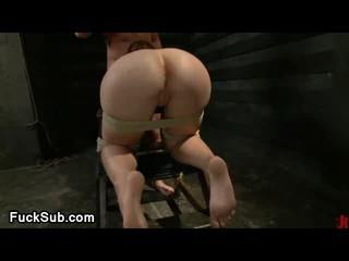 Сексуальная рабыня грубой трахал с bigcock