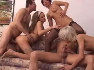 Анальный Подростки Групповой секс