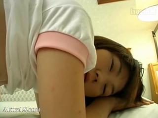Невинные 18 лет корейский девушка